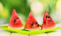 Арбуз: польза и вред, калорийность, лечебные свойства сока, мякоти, семечек и корок