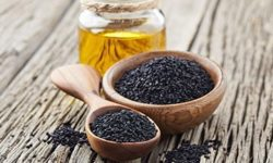 Инструкция поприменению масла черного тмина удетей ивзрослых, показания ипротивопоказания, эффективность при онкологии, роль впохудении